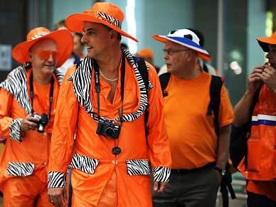 Laranja prepara marcha até Soccer City