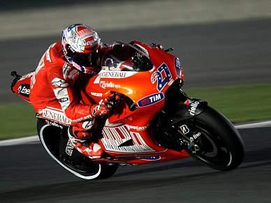 Stoner troca Ducati pela Honda