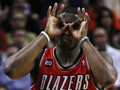 Blazers vencem Sixers por 110-101