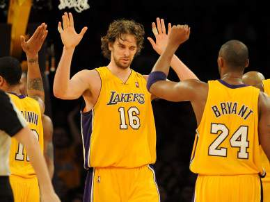 Lakers asseguram triunfo no Oeste
