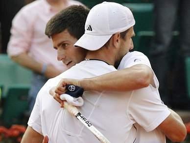 Melzer leva 4 horas para eliminar Djokovic