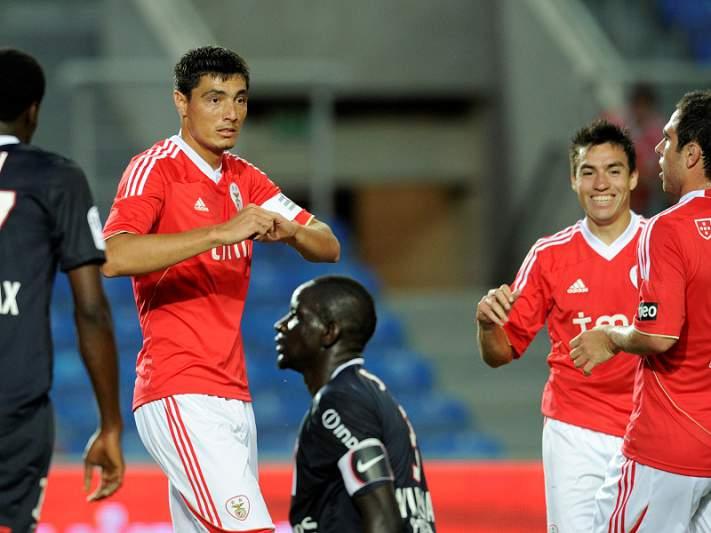 Cardozo, Luisão e Aimar chamados para a Champions