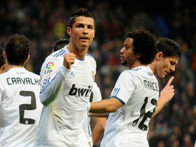 Ronaldo ajuda à vitória do Real