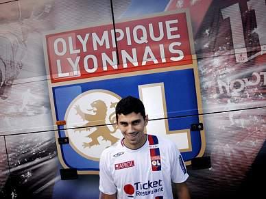 Anderson (ex-Benfica) rescinde com o Lyon