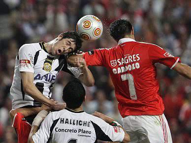 Benfica e Nacional empatados ao intervalo
