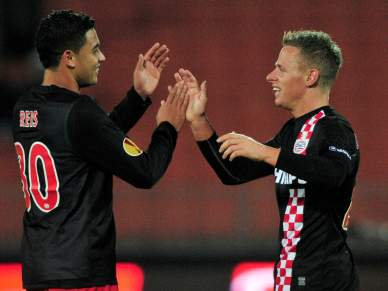 PSV afasta Glasgow Rangers