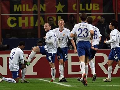 Rooney está apto para defrontar o AC Milan