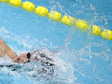 Lochte derrota Phelps
