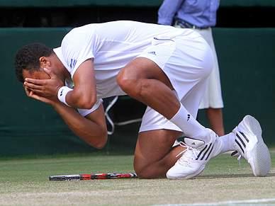 Fantástico Tsonga elimina Federer