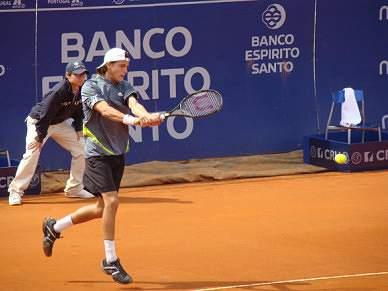 Sousa ganha em Espanha
