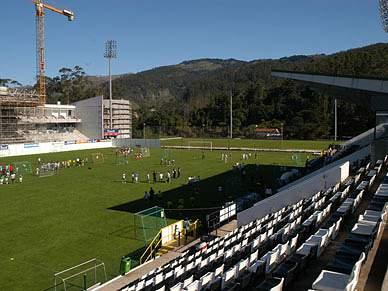 Nacional revela termos do acordo na cedência do estádio