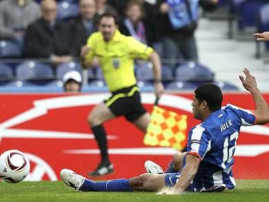FC Porto impõe-se mas não marca