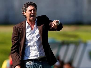 Carlos Brito quer evitar equipa «deslumbrada»