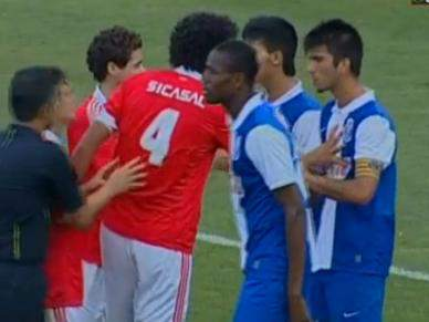 Lance caricato afasta FC Porto do título