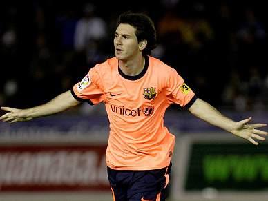 FC Barcelona goleia Tenerife e mantém liderança