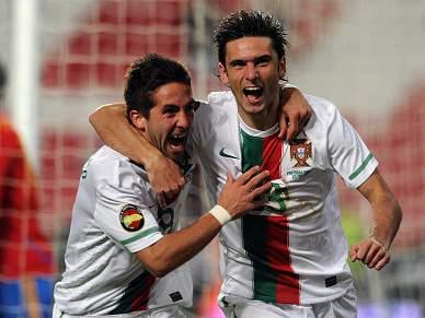 Portugal goleia campeão do Mundo por 4-0