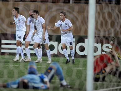 Itália bate Espanha por 3-1 e apura-se para os quartos-de-final