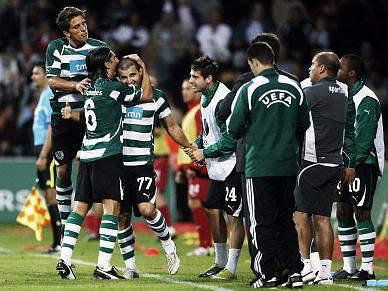 Sporting e Marítimo com um pé no 'play-off'