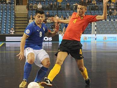 Itália cumpre com favoritismo e goleia a Bélgica