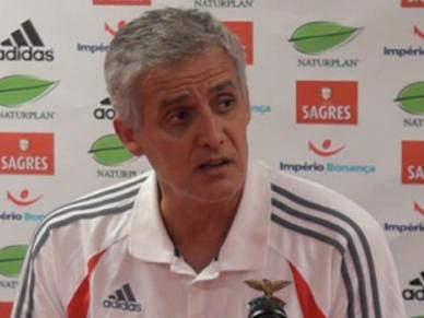 Treinador do Benfica atribui vitória a