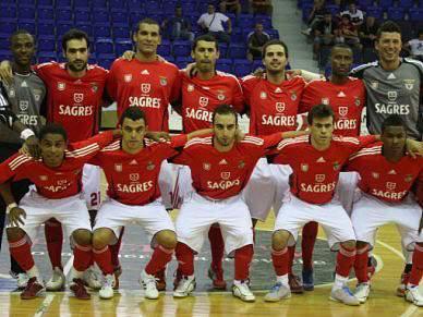 Benfica inicia Ronda de Elite frente ao campeão holandês