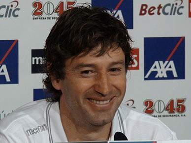 Domingos continua à espera que o Benfica perca pontos
