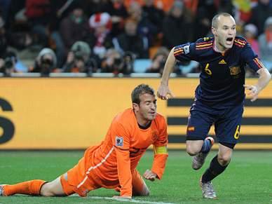 Iniesta espera suceder a Pep Guardiola