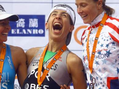 Federação de Triatlo presta homenagem aos seus campeões