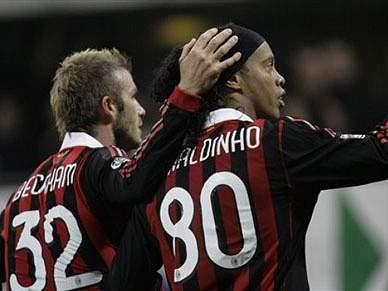 LA Galaxy em negociações com Ronaldinho