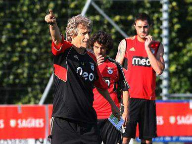 Benfica apresenta as novas caras aos sócios