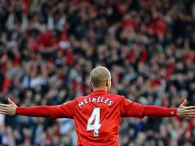 Liverpool autoriza Meireles a negociar saída para Itália