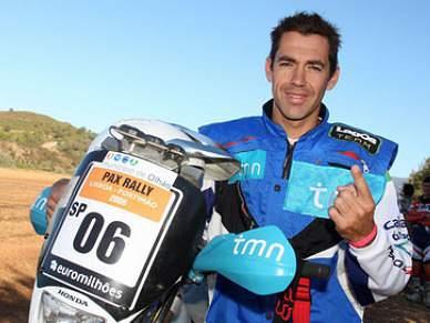 Ruben Faria sétimo nas motos e Francisco Pita 28.º nos carros