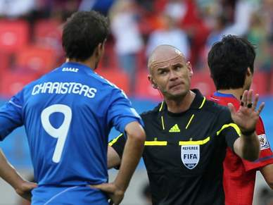 Charisteas assina pelo Schalke 04