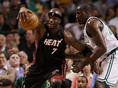 Jermaine O'Neal assina pelos Boston Celtics