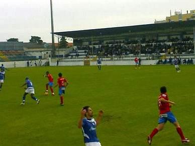 Oliveirense vence Varzim com golo do guarda-redes Bruno