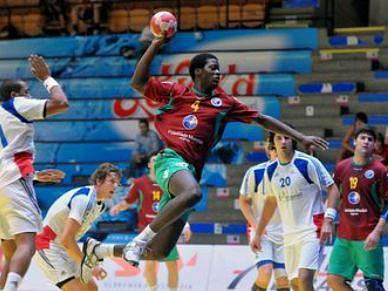 Jovens sonham com o Mundial em 2011