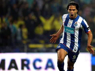 FC Porto de recorde em rara 'descida'