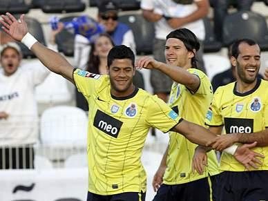 FC Porto segue invicto