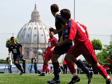 Trappatoni orienta selecção do Vaticano