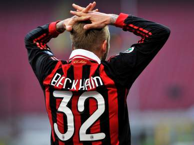 Milan escorrega em casa
