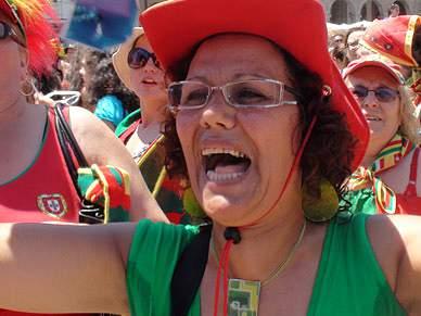 Adeptos em Braga eufóricos com goleada portuguesa