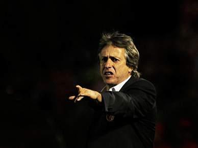 «Lutar para tirarmos o título ao Porto»