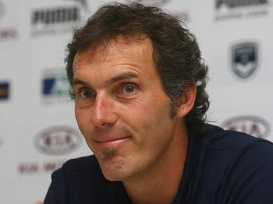 Laurent Blanc abandona Bordéus e está próximo de ser seleccionador nacional francês