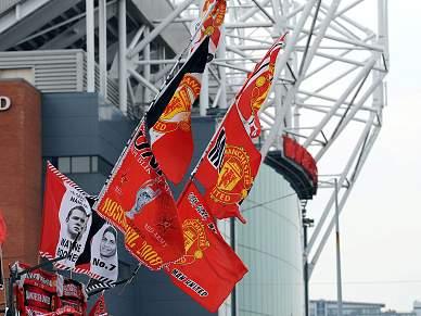 Grupo de adeptos quer comprar Manchester United aos actuais proprietários
