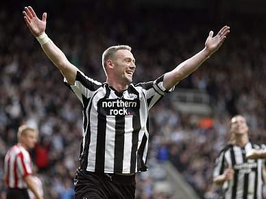 Newcastle goleia Sunderland