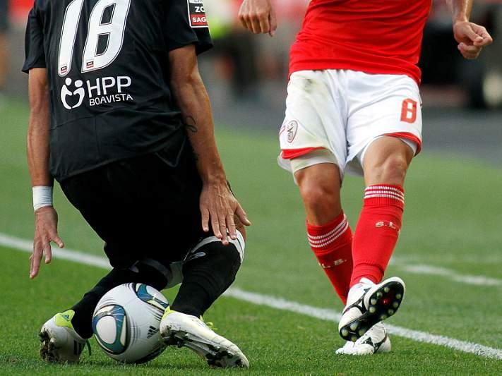 Benfica e dérbi minhoto abrem 5ª jornada