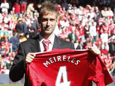 Raúl Meireles compara Gerrard a Iniesta