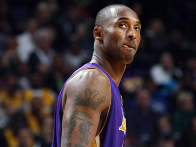 Terceiro triunfo consecutivo para os Lakers