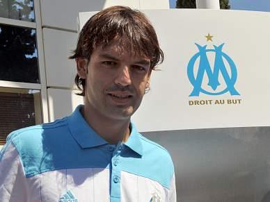 Fernando Morientes rescinde com Olympique de Marselha