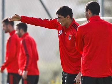Benfica treina com quatro baixas